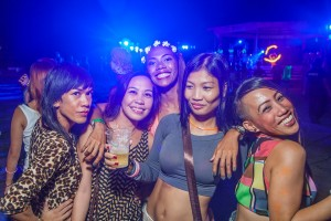 FullMoon Party in Puerto Galera by Timothee Engel (43)